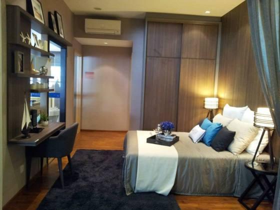 sea horizon bedroom